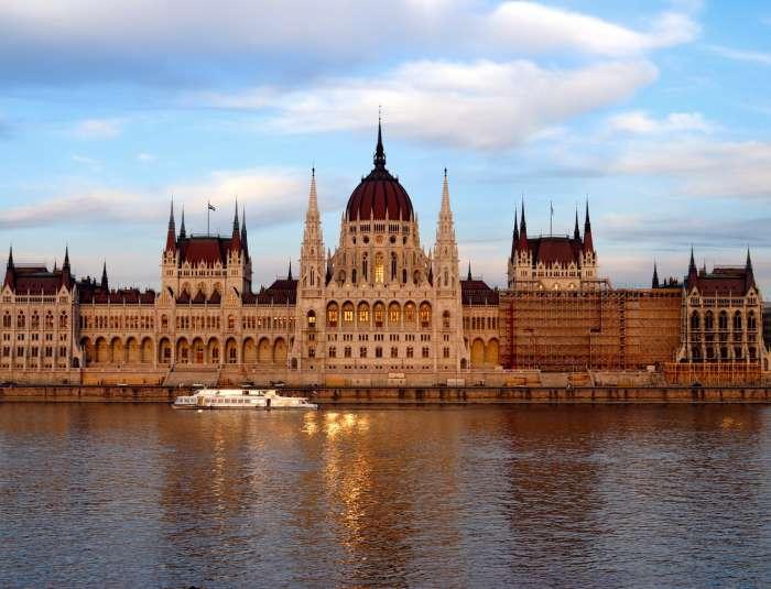 Call girl in Budapest