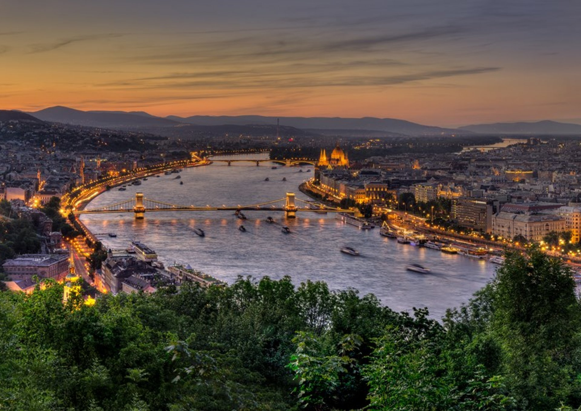 Les alt om  Budapest!